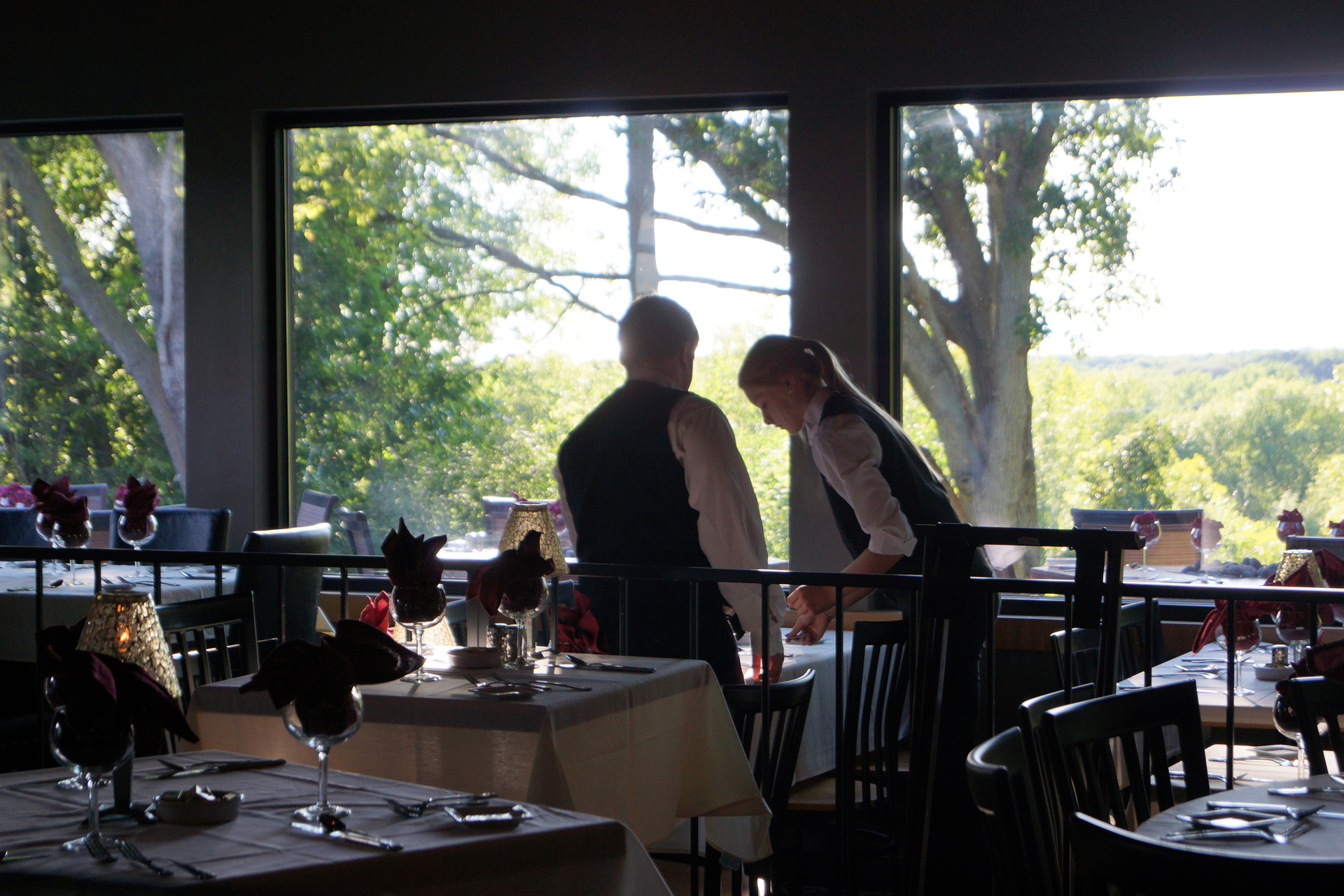 English Inn inside dining (GB location)